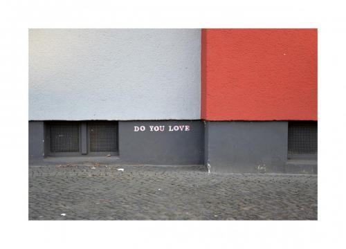 Minimal street art, Berlin Charlottenburg